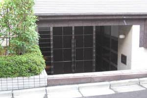 ビット渋谷常盤松のエントランス