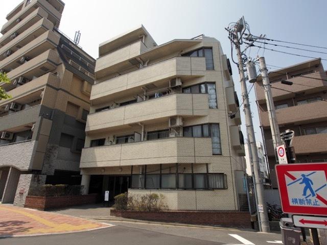 コスモ東長崎の外観