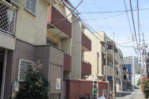 ハイツ西新宿の外観
