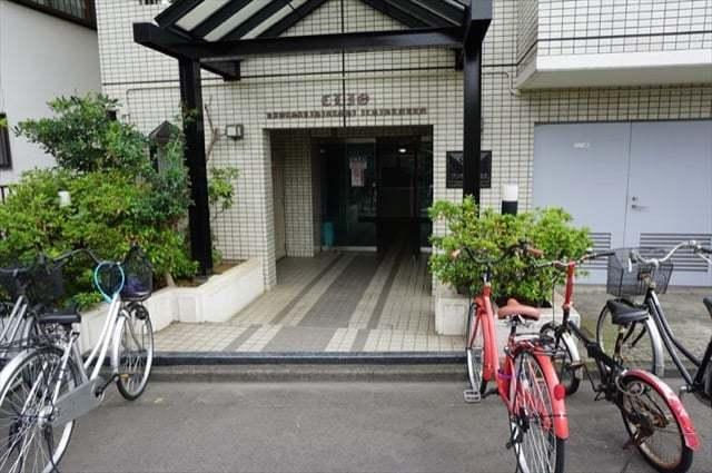 クリオ川崎東1番館のエントランス