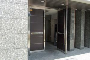 コンシェリア新宿North-Oneのエントランス