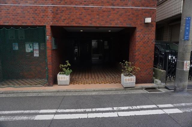 ライオンズマンション西横浜第3のエントランス