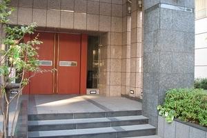 グラーサ渋谷松濤のエントランス