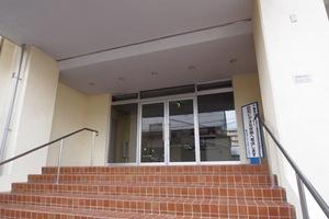 桜川グレースマンションのエントランス