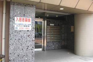 クレアシオン渋谷のエントランス