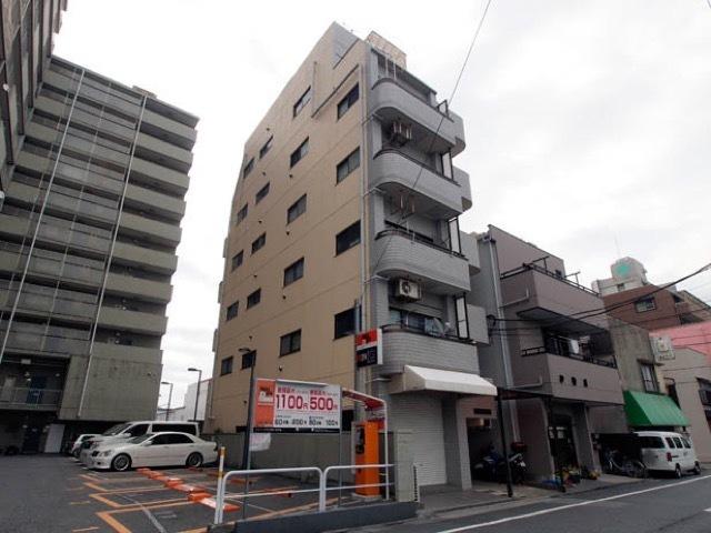 アーク竹ノ塚マンションの外観