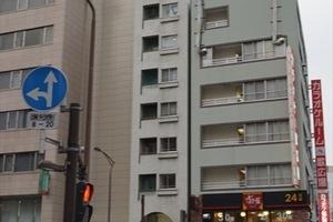ペガサスマンション三田の外観