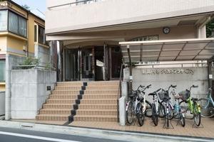 新高円寺ダイカンプラザシティのエントランス