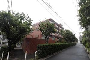 三田上板橋ガーデンの外観