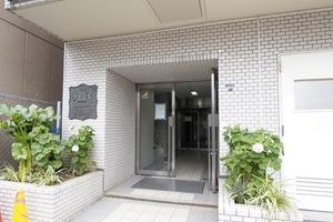 ホーユウコンフォルト板橋本町のエントランス