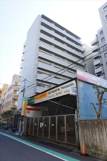 ヴィータローザ横浜吉野町の外観