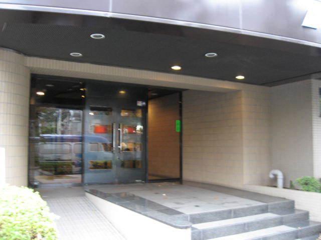 パシフィックパレス駒沢公園のエントランス