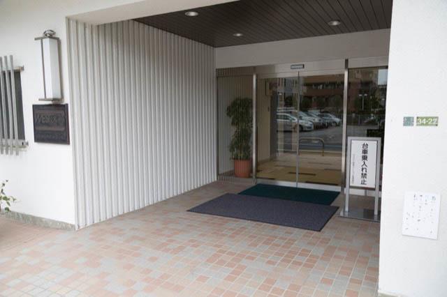 ウエストハイマンション経堂のエントランス