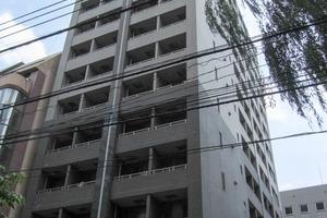 パレステュディオ新宿御苑駅前