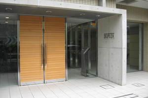 東日本橋デュープレックスポーションのエントランス