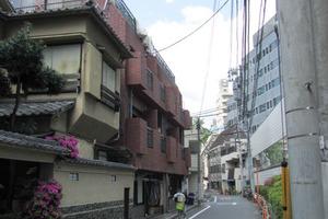 デューク西新宿の外観