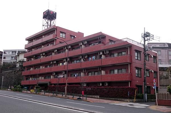 シャンボール石川台の外観