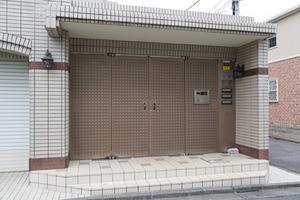 グランエクレール井草のエントランス