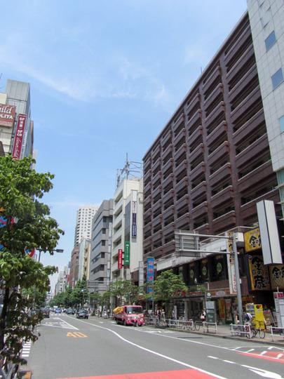 新宿ダイカンプラザA館の外観