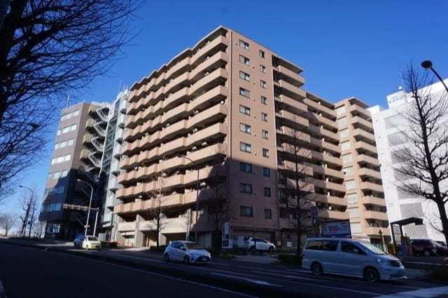 センチュリー新横浜いちょう通りの外観