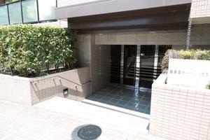 豊島園ガーデンハウスのエントランス