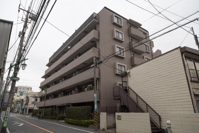 コスモ荻窪ロイヤルコートの外観