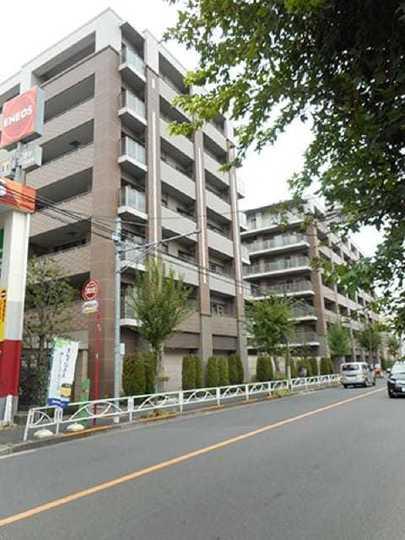 シャリエ錦糸町ハウスの外観